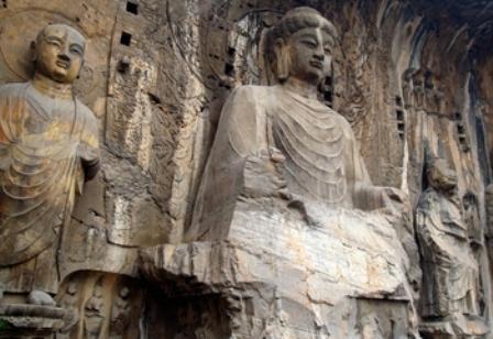 As cavernas de Lung-men